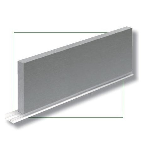 Zocalo color aluminio for Zocalos de aluminio para muebles de cocina